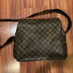 Louis Vuitton Naviglio messenger bag